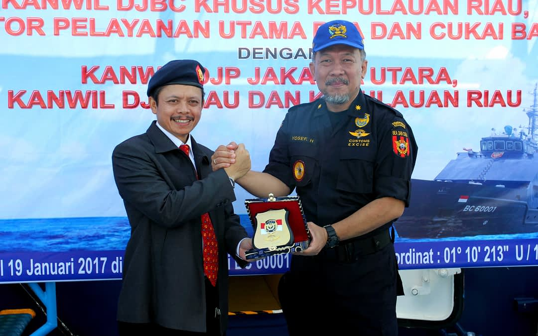 Penandatanganan Naskah Kerja Sama Dirjen Bea dan Cukai dengan Dirjen Pajak dan Rapat Koordinasi Gabungan Pengamanan Penerimaan Negara